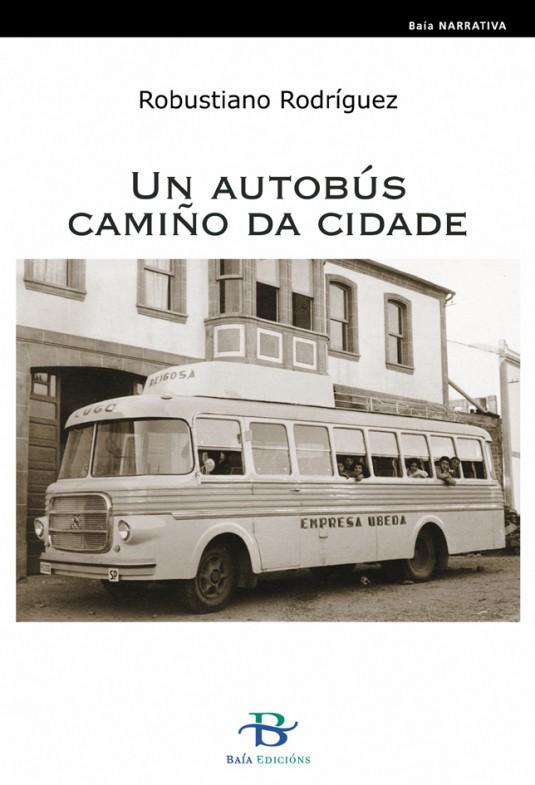 Un autobús camiño da cidade